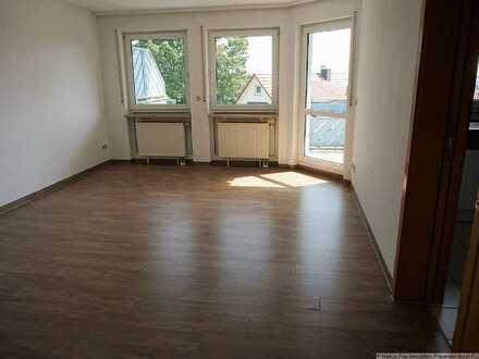 Sehr helle und freundliche 2 Zimmer-Wohnung in Zentrumsnähe