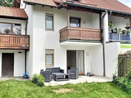 Traumhafte große Doppelhaushälfte mit Whirlpool-Badewanne, Solaranlage, Gäste-WC, EBK
