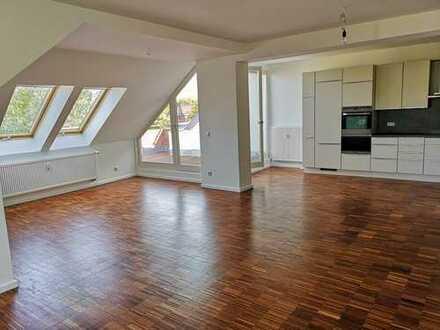 Große 2- Zimmer Dachterrassen - Wohnung in Berlin, Britz (Neukölln)