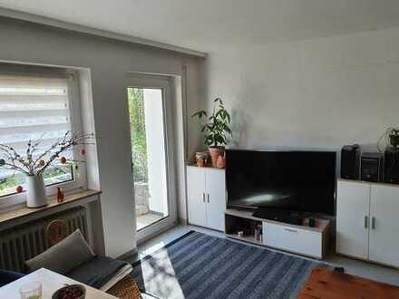 Schöne große 2-Zimmer Wohnung für Single oder Paare
