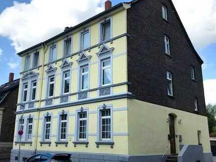 Geräumige 4,5-Raum-Altbauwohnung mit Charme in Essen Altenessen-Nord