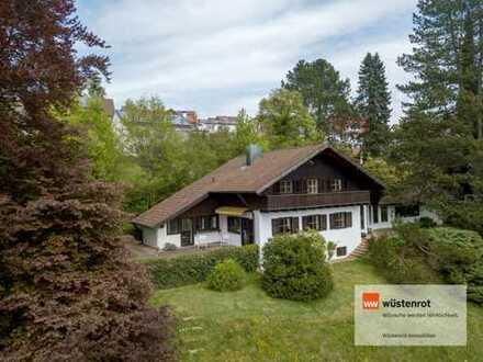 Repräsentatives Einfamilienhaus  mit Büro-/ Praxisräumen in  unverbaubarer Topaussichtslage