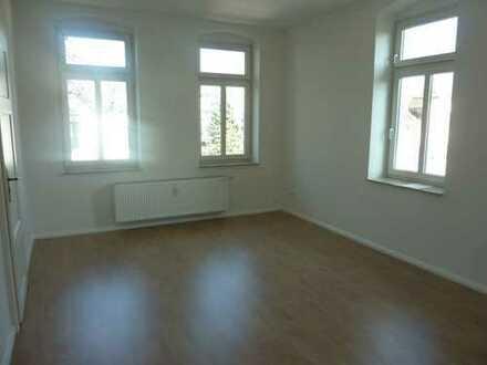 Charmante 3-Raum mit Balkon und schickem Laminat in Altchemnitz zu verkaufen!!!