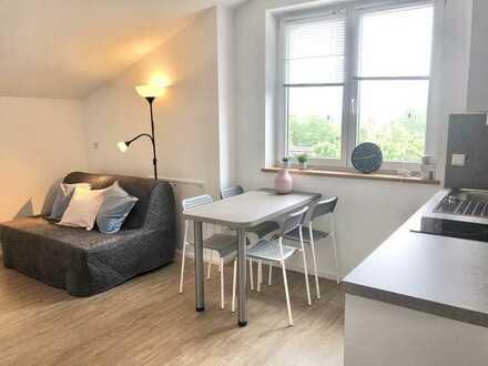 Modern möbliertes Loft