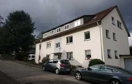 Gepflegte 2,5-Raum-DG-Wohnung mit Einbauküche in Birkenau
