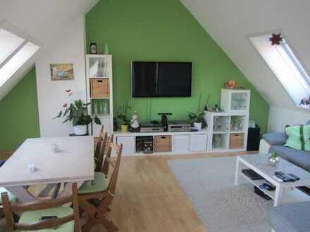 Sonnige, zentral & ruhig gelegene 2 1/2 Zimmer Wohnung in Sindelfingen (Besichtigungen 21./22.9)