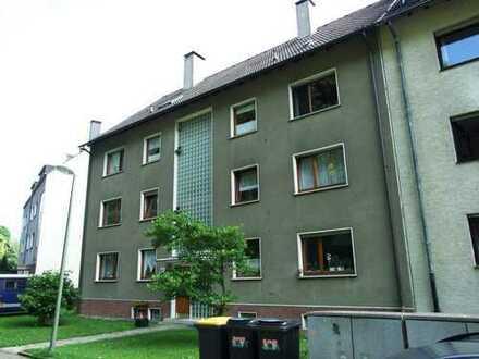 Ansprechende Dachgeschoss in Dahlhausen - komplett renovierte 3,5-Zimmer-Wohnung