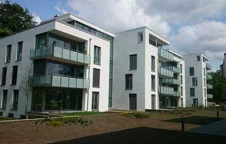 4 Zimmer Wohnung mit Balkon, Einbauküche und Tiefgaragenstellplatz