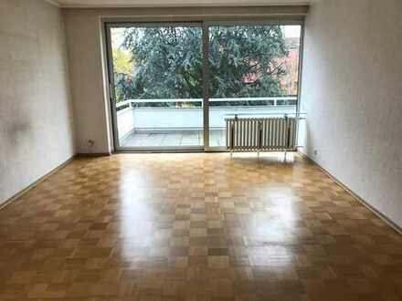 TOP IMMOBILIE * 3 Zimmerwohnung mit Balkon und TG Stellplatz in bester Lage