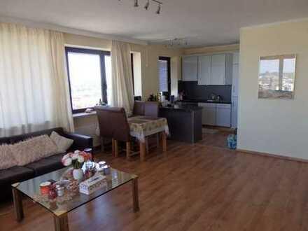 2-Zimmer Wohnung mit Traumblick über Hamburg