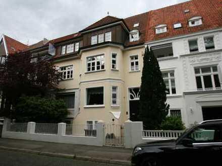 möbl. 2-Zimmer-Wohnung in Traumlage (Hannover-Kleefeld)