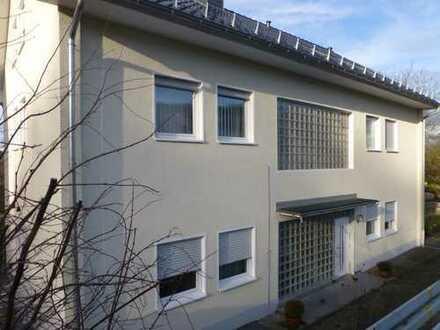 Steinenbrück - bezugsfertige, möblierte Zweizimmer-DG-Wohnung