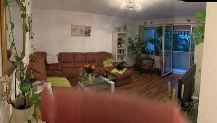 Vollständig renovierte 3,5-Zimmer-Wohnung mit Balkon und EBK in Mannheim - Keine ERBPACHT-