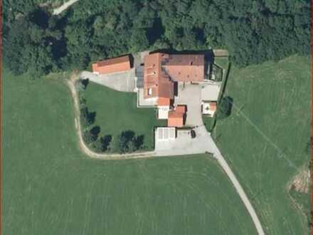 Traumhaftes Mehrfamilienhaus/Landsitz in toller Alleinlage