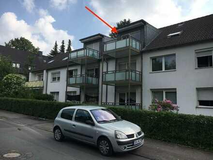 Charmante Dachgeschosswohnung mit großem Balkon