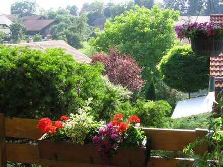 Sonnige, kleine Doppelhaushälfte für Gartenliebhaber