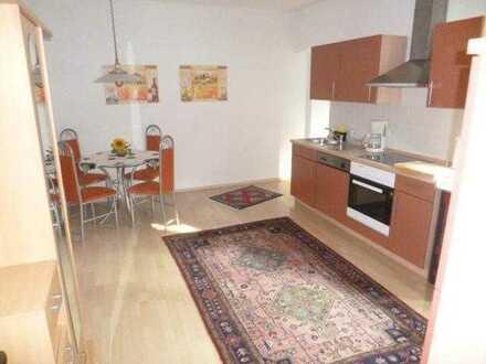 Für Einzelperson hochwertig möblierte 2 1/2 Zimmer-Wohnung - ideal für Wochenendheimfahrer