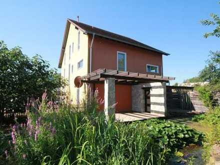 Alternative zum Haus. Wohnen auf zwei Etagen, ca. 200 Wohnfläche, große Dachterrasse, Gartenanteil,