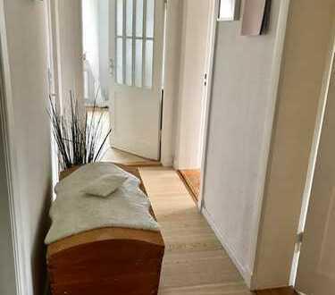 ruhig und zentral, hübsche Wohnung mit Garten und Balkon