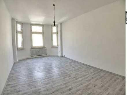 Altbau-Charme in bester City-Lage: Renovierte 2 ZKB mit Balkon in Dortmund - Innenstadt Nord