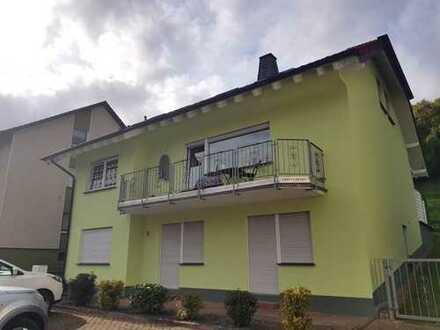 4-Zimmer-Wohnung mit kleinem Balkon