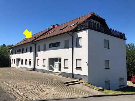 2,5-Zimmer-Dachgeschosswohnung mit Balkon in Waldbröl