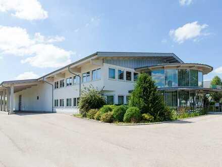 Neuwertiges Büro- & Hallengebäude in prominentem Gewerbegebiet Kemptens samt Erweiterungsflächen