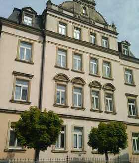 Gepflegte 2-Zimmer-Wohnung mit Einbauküche in Dresden