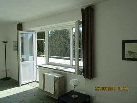 Modernisierte 1-Zimmer-Wohnung mit Südbalkon im Süden Bremerhavens direkt vom Vermieter