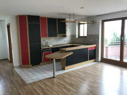 zentrumsnahe 2-Zimmer-Maisonette-Wohnung mit Balkon und EBK in Weil im Schönbuch