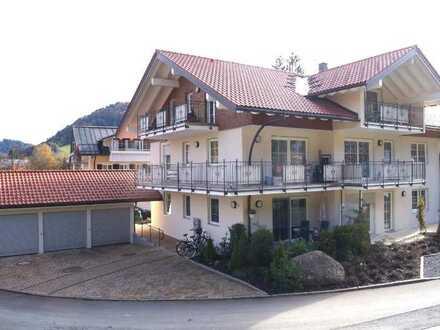 Barrierefrei am Kurpark - Hochwertige 2- Zi. OG - Wohnung mit grossem Balkon in Oberstaufen