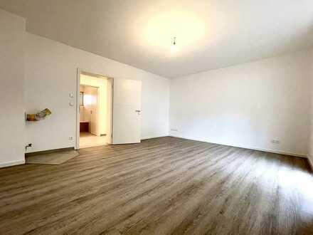 Frisch renovierte und helle Wohnung in schöner Lage von Altbach