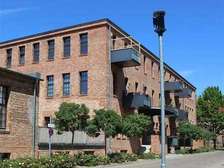 Komfortables Loft mit Terrasse in der Glanzfilmfabrik!