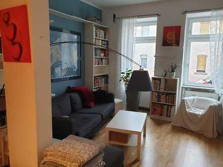 Schön geschnittene 3-Zimmer-Hochparterre-Wohnung mit EBK in Offenbach am Main