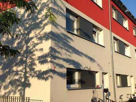 Gepflegtes 5,5 - Zimmer- Reihenendhaus mit Einbauküche in St. Georgen, Freiburg im Breisgau