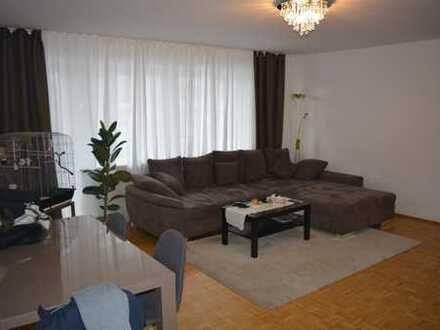 von Privat, helle 3 Zimmer Wohnung mit großem Balkon in München-Trudering