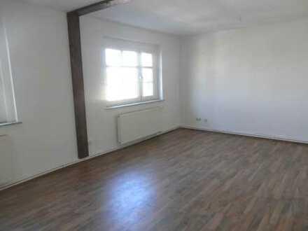 Gemütliche 2 Zimmer Wohnung in guter Wohnlage in Leubnitz!