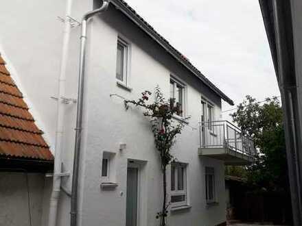 Schön gelegenes, neu renoviertes Haus mit drei Zimmern in Landau - Queichheim