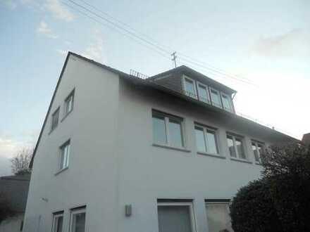 Schöne,große 5 Zi.-Whg,133 m²,Balkon Frankfurt -Eckenheim