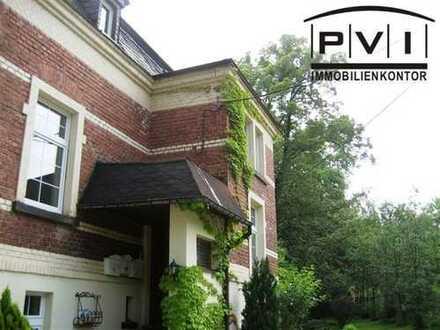 Ich bin eine 3-Zimmerwohnung in einer sanierten Villa in Schwarzenberg