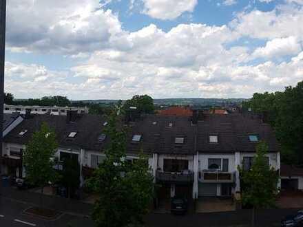 Helle DG Wohnung in Aschaffenburg/ Schweinheim