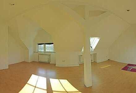Schöne, gepflegte 3,5-Zimmer-DG-Wohnung in Dortmund - Marten