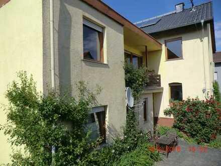 Zweifamilienhaus Wiesbaden-Naurod für Naturliebhaber, 8 Zimmer mit Erweiterungspotential