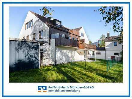 Großzügige 4-Zi-Wohnung mit großem Süd-Balkon und Gartenanteil nahe Pullacher Ortskern