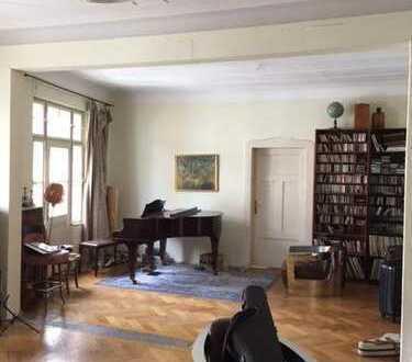 Grosses Zimmer in 2er WG