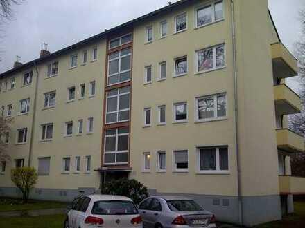 Montanusstr.: Helle 3-Zi.-Wohnung, Südbalkon, Tageslichtbad, modernisiert, 2.OG, provisionsfrei