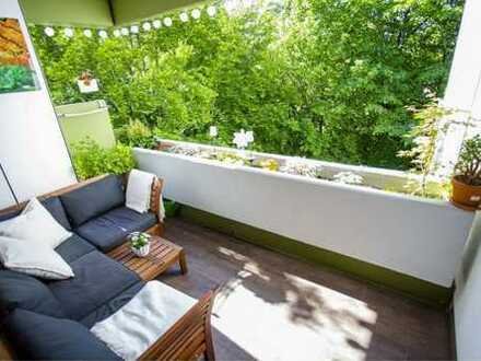 ** modern renovierte, großzugig und helle 2-Zimmerwohnung mit Südloggia **