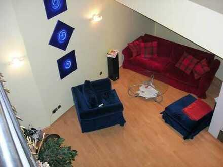 Traumhafte Dachgeschoss-Maisonette Wohnung mit luxuriöser Ausstattung