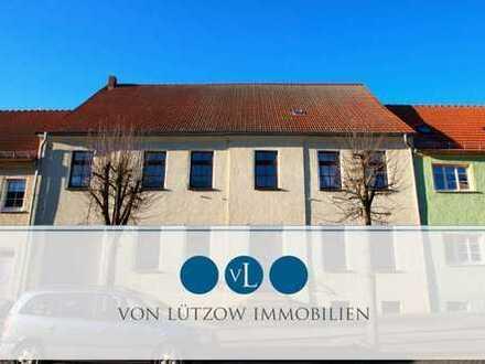 Ein Traum! Ruhige 3-Raum-Wohnung für Ihre Familie l 1.OG l Badewanne l Garten l Zentral in Kyritz