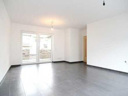 Zink Immobilien:2 Zimmer Wohnung mit Loggia, Fußbodenheizung, Parkett, Gäste-WC, Garage (auf Wunsch)